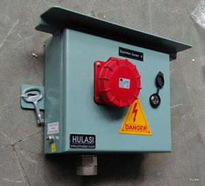 Industrial Plug